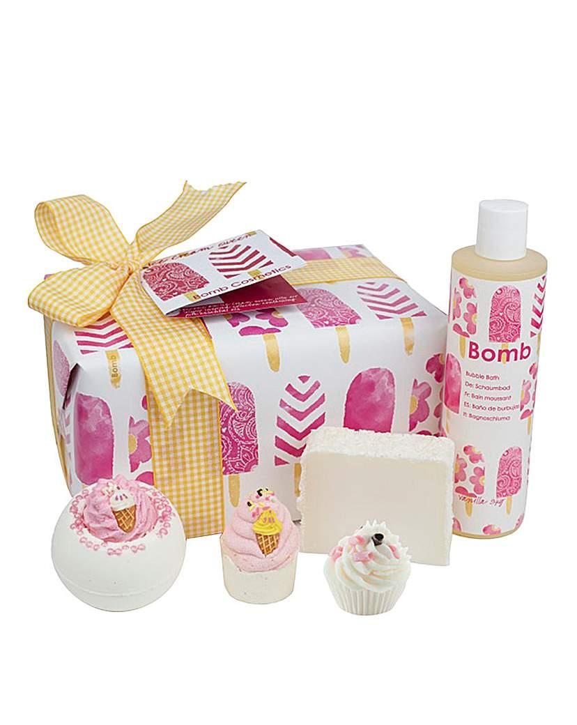 Image of Bomb Cosmetics Ice Cream Queen Set