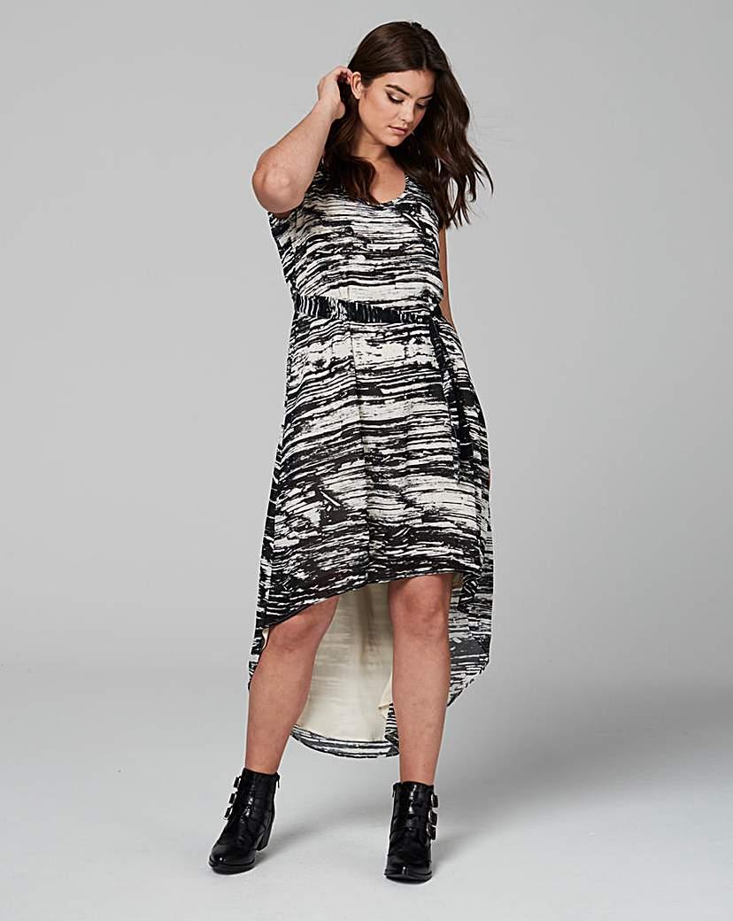 Image of Religion Minimal Dress