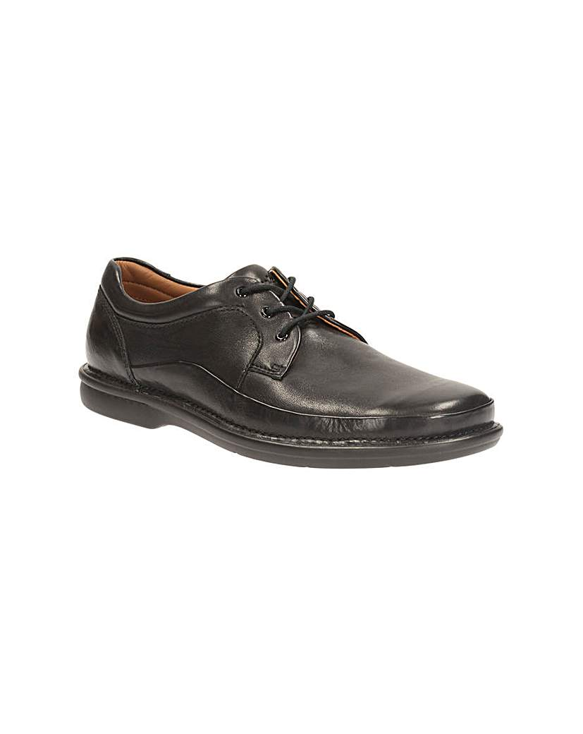 Clarks Butleigh Edge Shoes