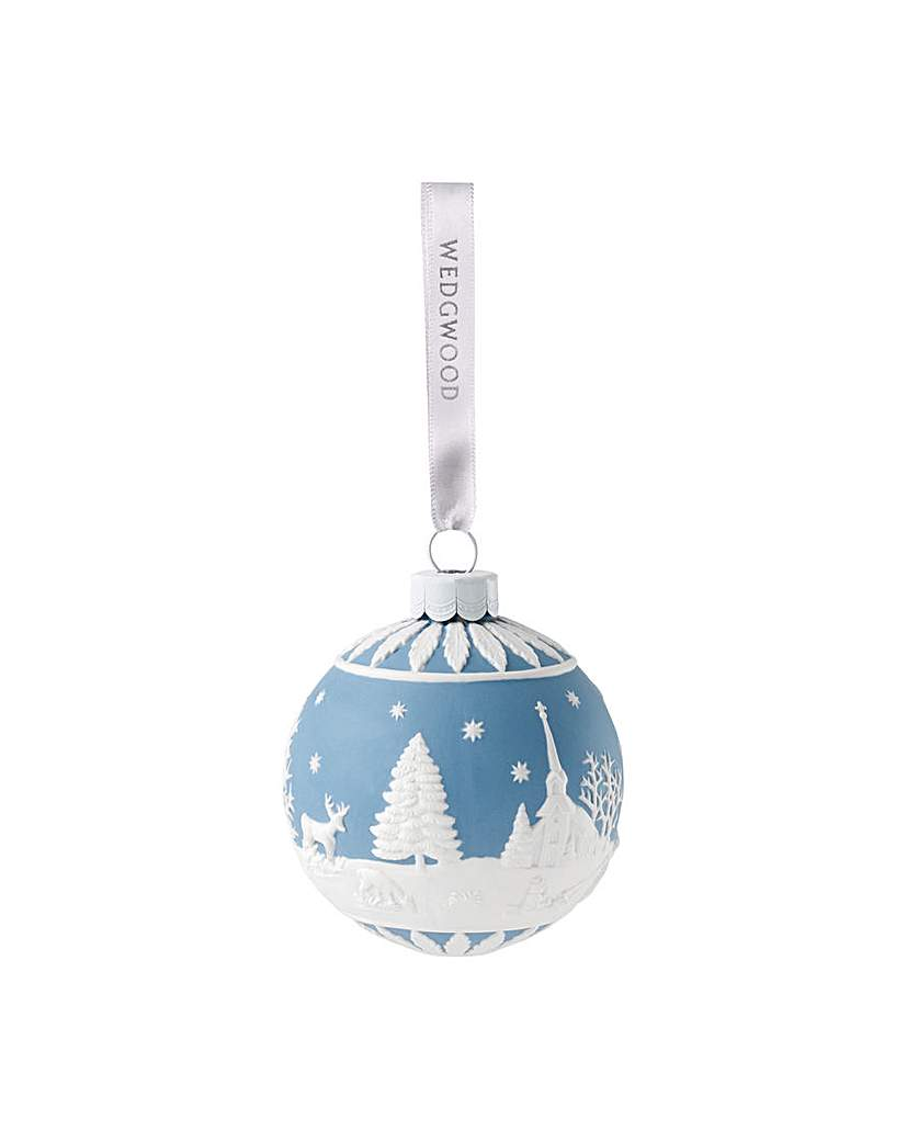 Wedgwood Christmas Winter Country Bauble