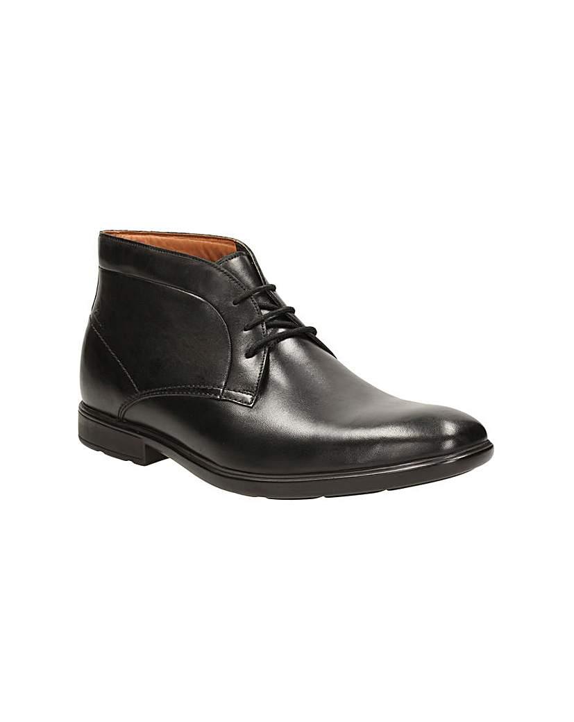 Clarks Gosworth Hi Boots £94.00 AT vintagedancer.com