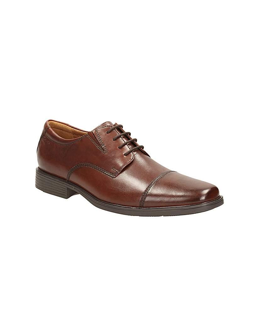 Clarks Tilden Cap Shoes £52.00 AT vintagedancer.com