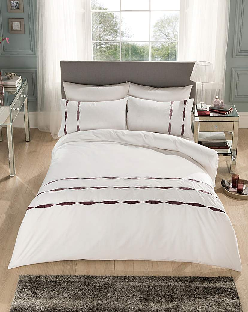 Image of Pier Ribbon Embellished Duvet Cover Set