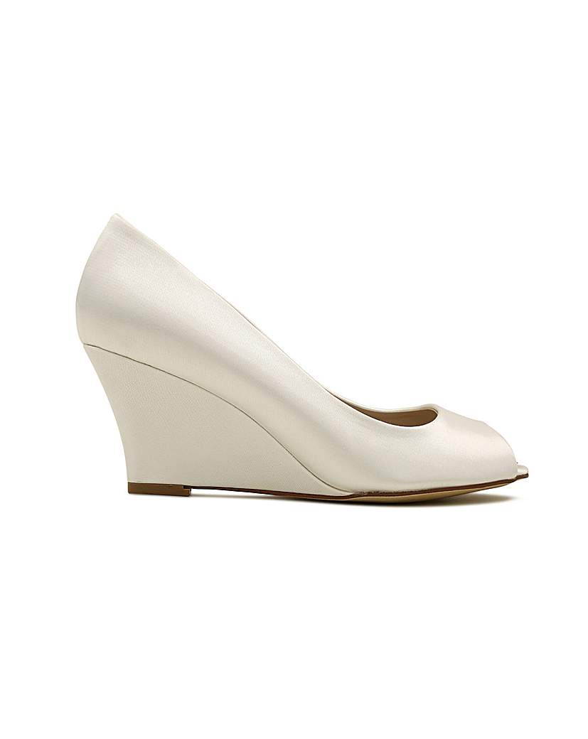Vintage Style Wedding Shoes, Boots, Flats, Heels Perfect Flora Satin Peep Toe Wedge £102.00 AT vintagedancer.com