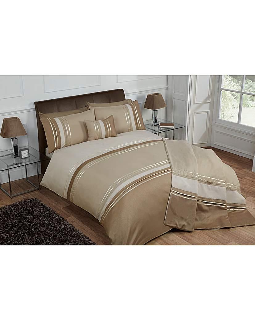 Image of Cascade home Brooklyn Duvet Set