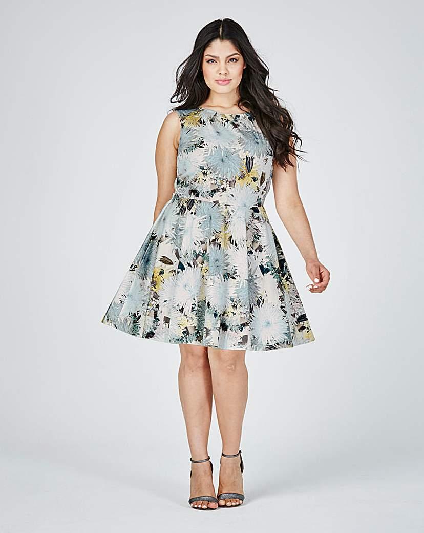 Image of Closet Flared Skater Dress