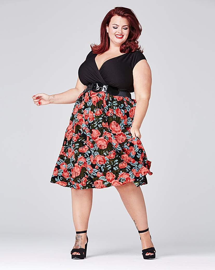 Scarlett  Jo Floral Dress with Belt £65.00 AT vintagedancer.com