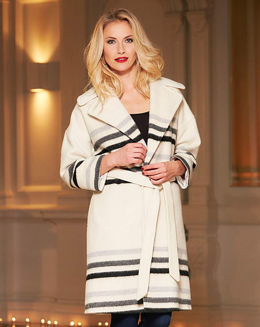 History of 1920s Coats, Furs and Capes Helene Berman Stripe Throw On Coat £159.00 AT vintagedancer.com