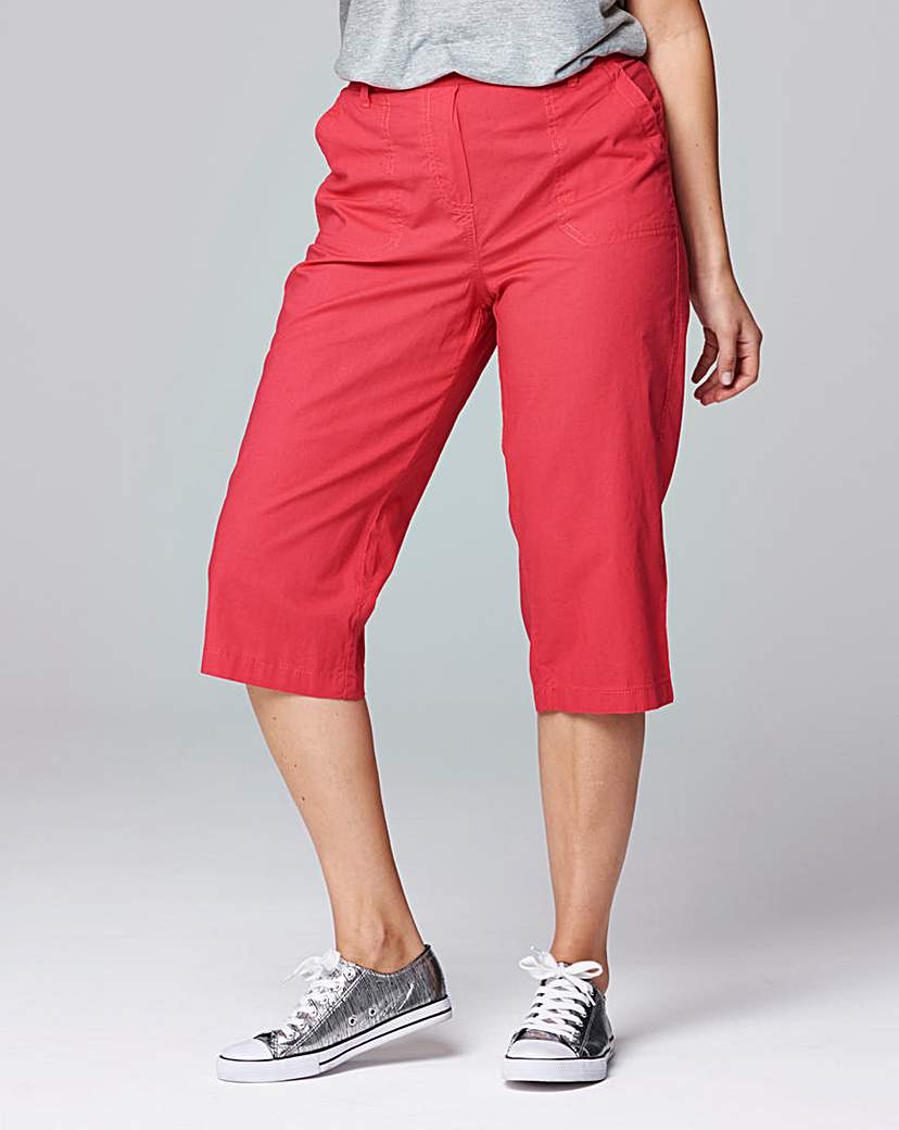 Pack Of 2 Crop Trousers.