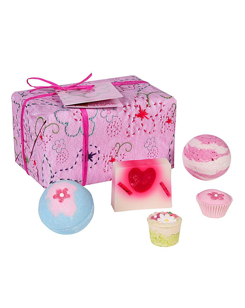 Image of Bomb Cosmetics Pretty In Pink Set