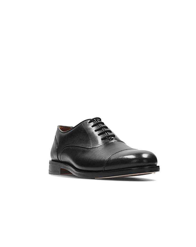 Clarks Coling Boss Shoes G fitting.
