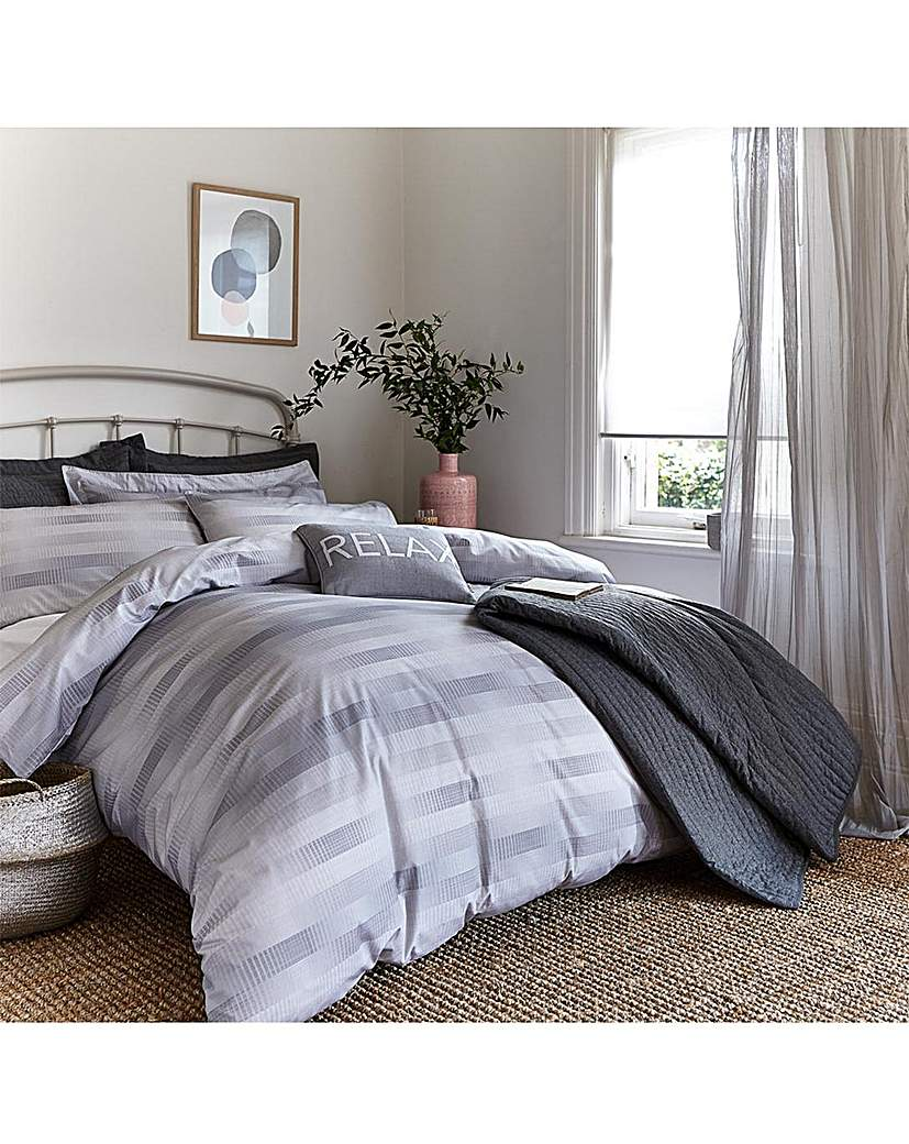 Image of BCS Sprig Cotton Check Duvet Set