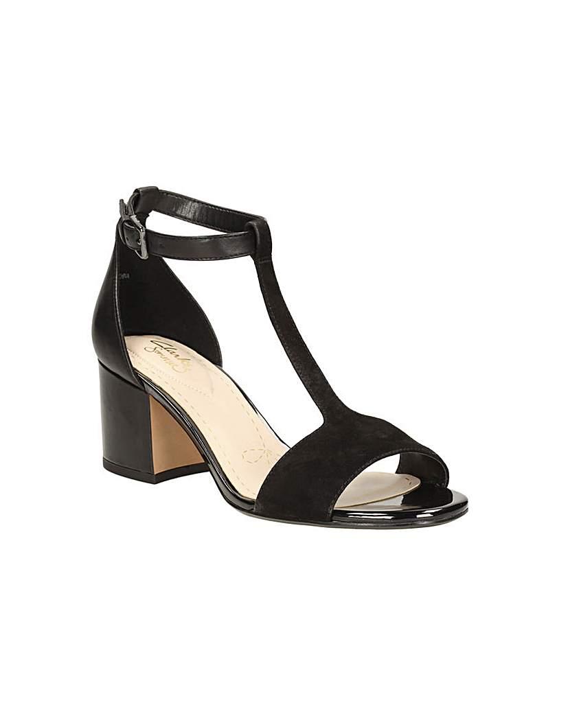 Image of Clarks Barley Belle Sandals