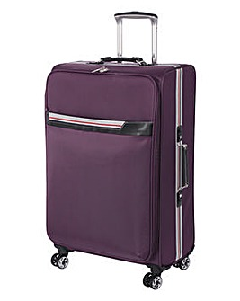 It Luggage Lightweight Spinner Case