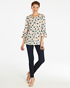 Blush Floral 3/4 Fluted Sleeve Blouse