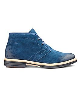 UGG Dagmann Chukka Boots
