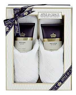 Signature Slipper Set