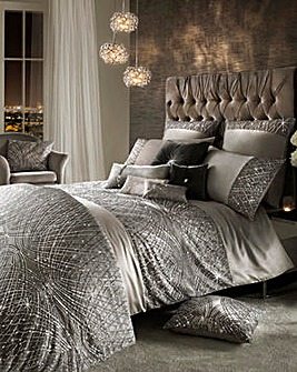 Kylie Esta Silver Housewife Pillowcase
