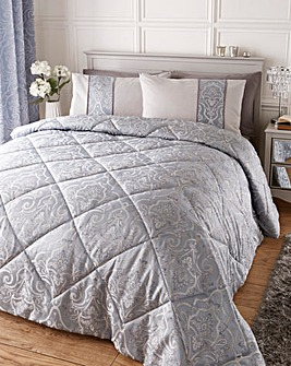 Stranford Jacqaurd Quilted Throw