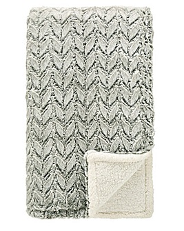 Supersoft Faux Fur Embossed Sherpa Throw