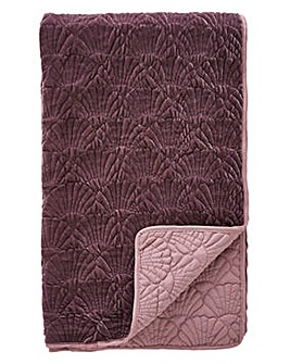 Shells Velvet Quilted Throw