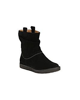 Clarks Un Ashburn Boots