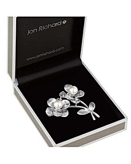 Jon Richard pearl flower brooch