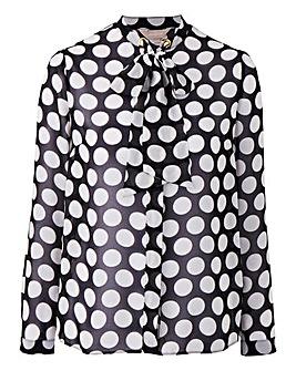 Black Spot Pussybow Shirt