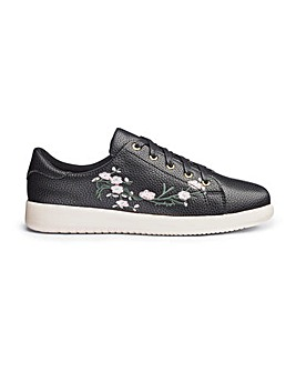 Heavenly Soles Embroidered Shoes E Fit