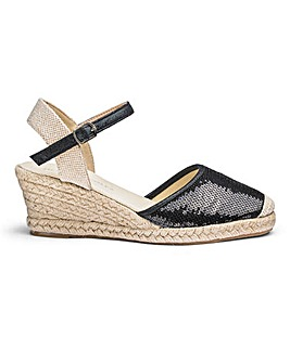Heavenly Soles Wedge Espadrilles E Fit