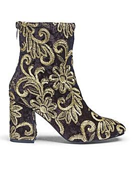 Glamorous Metallic Detail Boots