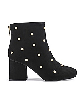 Mimi Pearl Boots Wide Fit