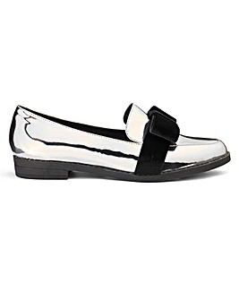 Sole Diva Bow Loafer E Fit