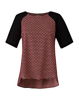 Geo Print Raglan Sleeve Shell Top
