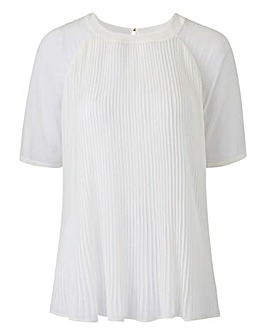 Pleat Shell Top