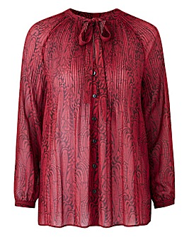 Red Print Pleat Pussybow Blouse