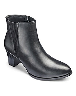 Heavenly Soles Chelsea Boots E Fit