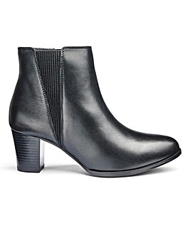 Heavenly Soles Chelsea Boots EEE Fit