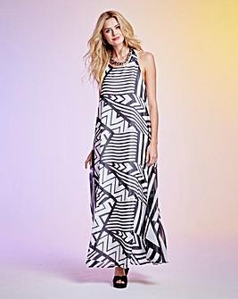Black/White Trapeze Print Maxi Dress