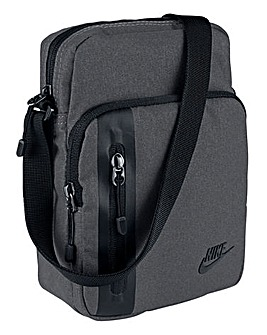 Nike Core Small Items Bag