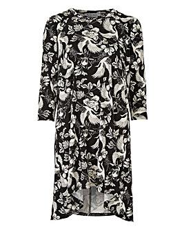 Black/White Floral Ruched Shoulder Tunic