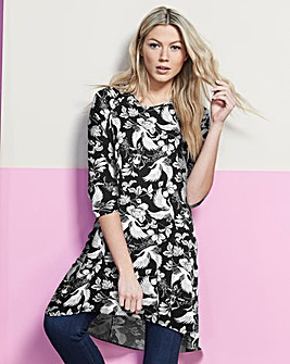 Black/White Floral Ruched Shoulder Tunic