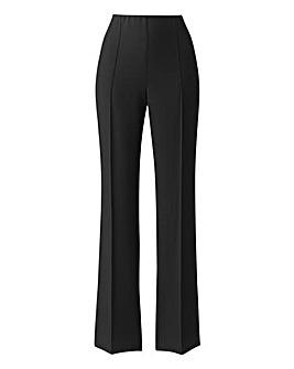 Pull On Comfort Fit Trouser Length Short