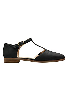 Clarks Alice Rosa D Fitting