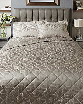 Decadence Jacquard Throw 244 x 264