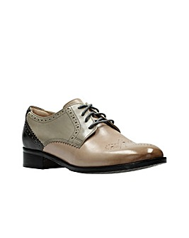 Clarks Netley Rose D Fitting