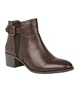 LOTUS DELANA ANKLE BOOTS