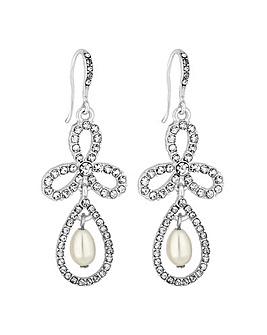Alan Hannah clover pearl earring