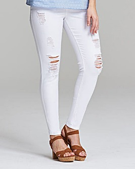 Chloe Distressed Skinny Jeans Short