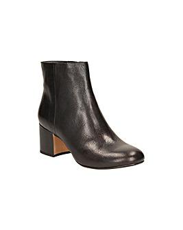 Clarks Barley May Boots